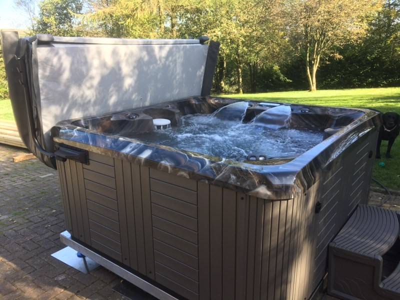 Hot Tub Company in Worsley